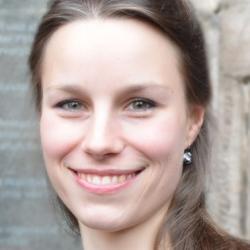Dr Antonia Marie Reinke