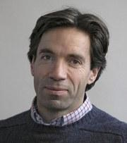 Dr Nigel  Spivey